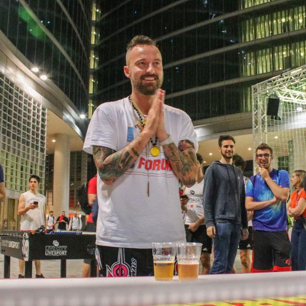 Francesco Facchinetti - Mi Games Friend BeerPong