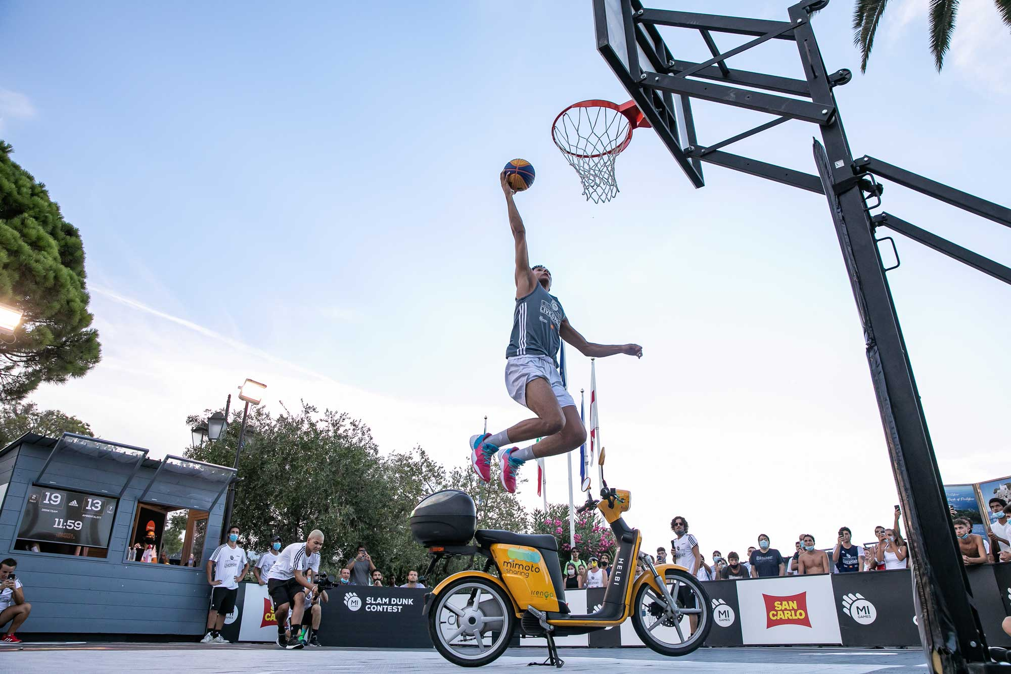 MiMoto Mi Games 2020 - Slam Dunk Contest